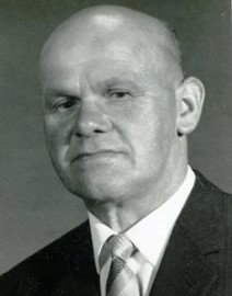 8649 Franz, Erwin Porträt Aufmacher