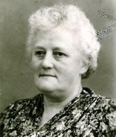 8213 Janßen, Gretchen Porträt