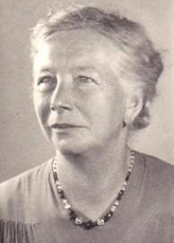 7782b Porträt Mathilde Gesine Lüers Kontrast