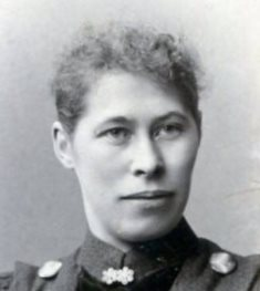 5620 kleiner NF Heinemann, Anna geb. Sosath Porträt