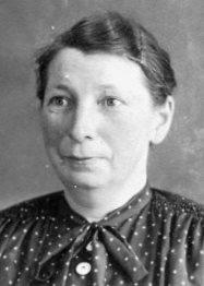 6088 OP Mahlstedt, Martha Porträt um 1955 kleiner