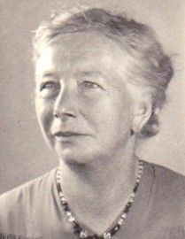 5689 Porträt Katharine Dreischmeier